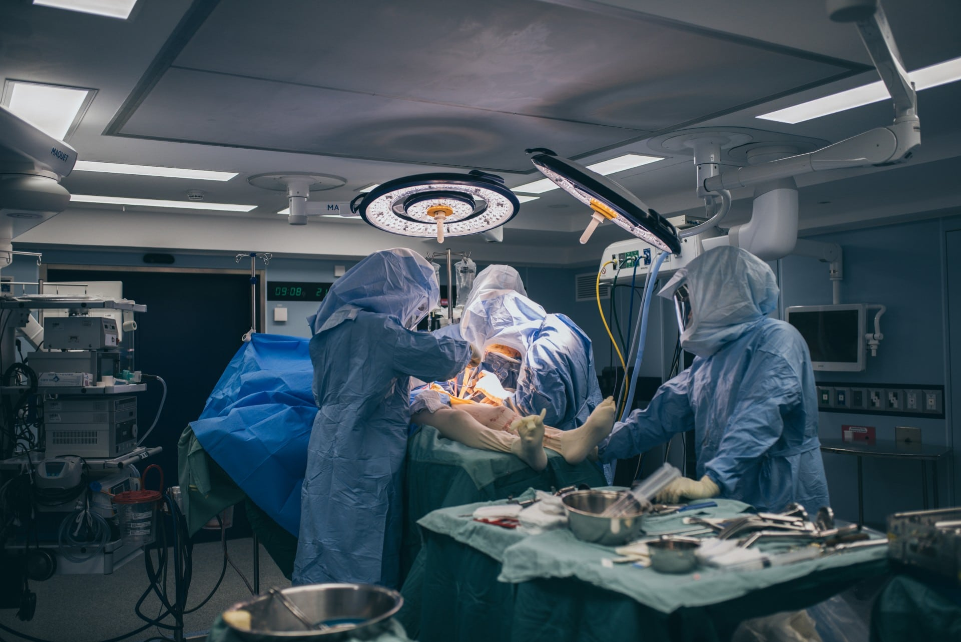 מהו ניתוח החלפת מפרק הברך ? הליך, תופעות והחלמה