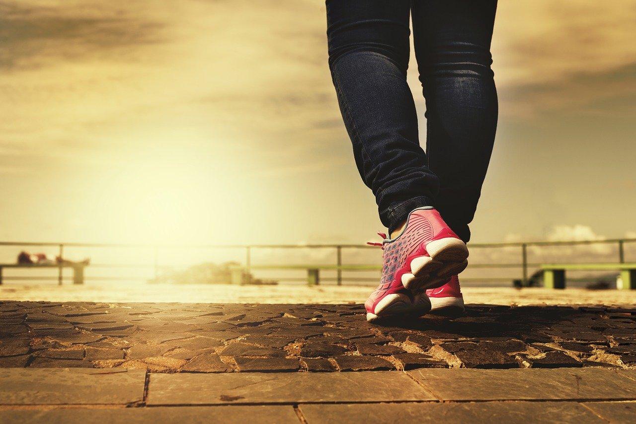 איזו פעילות גופנית מותרת לאחר ניתוח החלפת מפרק?
